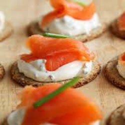 Crostinis with smoked salmon and king prawn mousse thumbnail