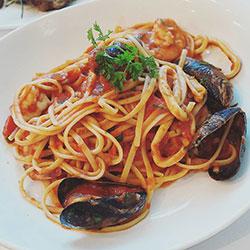 Linguine marinara thumbnail
