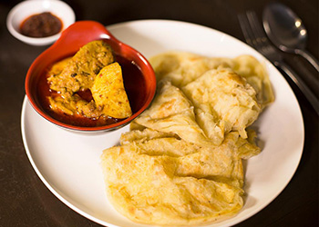 Chicken curry roti canai thumbnail