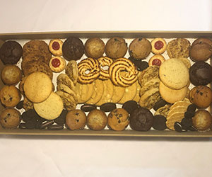 Cookies and muffins platter thumbnail