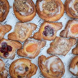 Mini pastry platter thumbnail