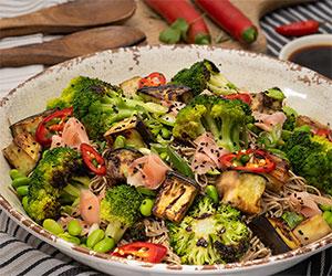 Asian soba noodle salad thumbnail