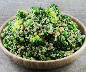 Broccoli and kale salad thumbnail