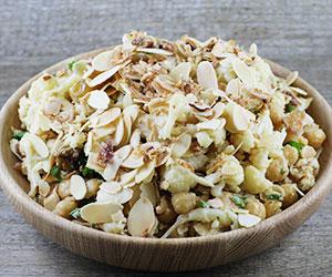 Roast cauliflower and chickpeas salad thumbnail