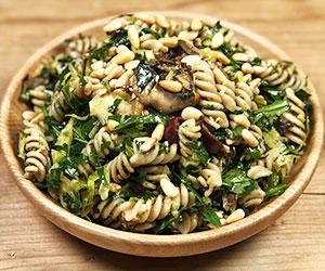 Spelt pasta and roast mushrooms salad thumbnail