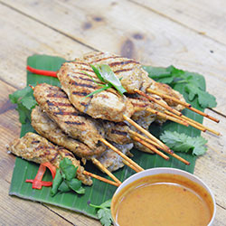 Chicken satay skewers thumbnail