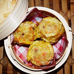 Pan fried Shanghai dumplings thumbnail