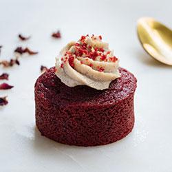Red velvet individual cake thumbnail