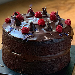 Chocolate 6 inch cake thumbnail