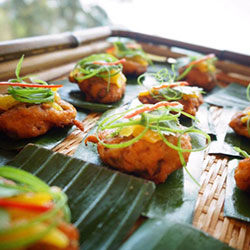 Thai fish cake with cucumber salsa thumbnail