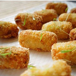 Green curry cauliflower croquettes thumbnail