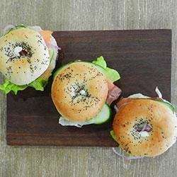 Smoked salmon bagels thumbnail
