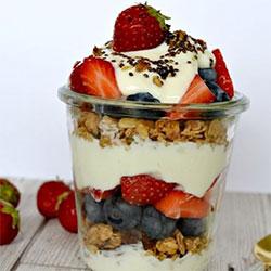 Granola and yoghurt pot box thumbnail