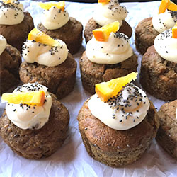 Healthy sweet muffins box thumbnail
