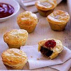 Beef Burgundy pies - mini thumbnail
