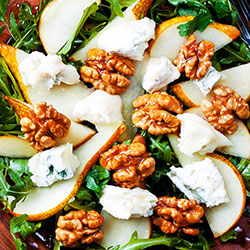Mix leaf, pear, walnut and goat cheese salad thumbnail