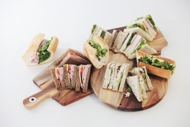 Sandwich and baguette lunch package thumbnail