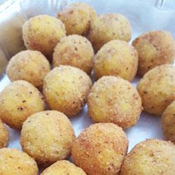 Homemade arancini balls thumbnail