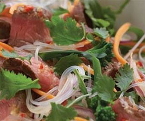 Thai spiced beef salad thumbnail