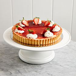 Vanilla custard and strawberry jam tart thumbnail