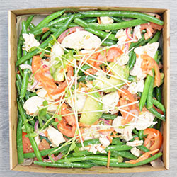 Poached chicken, green beans and avocado salad thumbnail