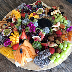 Fruit platter - serves 8 to 10 thumbnail