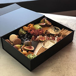 Luxe cheese gift box thumbnail