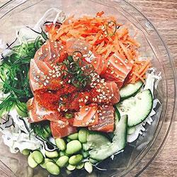 Salmon poke bowl thumbnail