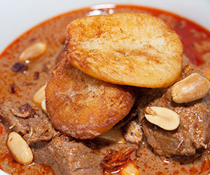 Massaman beef curry thumbnail