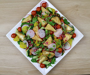 Fried haloumi with spiced roasted chick peas salad thumbnail