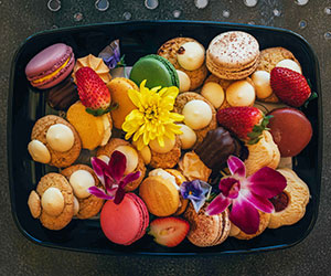 Macarons, cookies and biscuits thumbnail