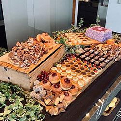 Dessert grazing table thumbnail