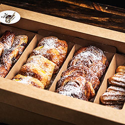 Mixed pastries box thumbnail