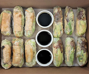 Vegetarian rice paper roll thumbnail