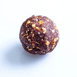 Snickers bliss ball thumbnail