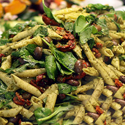 Pesto penne salad thumbnail