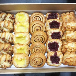 Mix Danish pastry platter thumbnail
