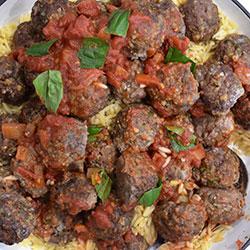 Beef meatballs in napoli sauce thumbnail