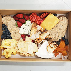 Cheese, fruit and nut platter thumbnail