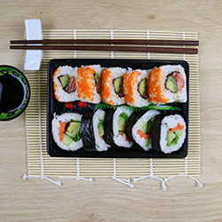 Inside out nori sushi - special lunch pack thumbnail