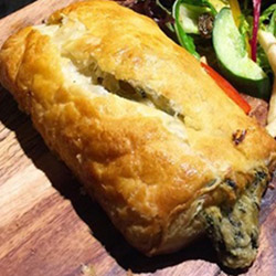Spinach and ricotta roll - large thumbnail