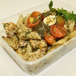 Chicken pesto pasta salad thumbnail