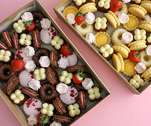 Assorted sweets box thumbnail