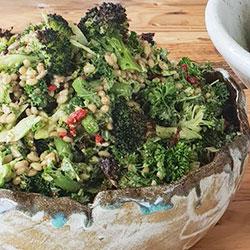 Super green salad thumbnail