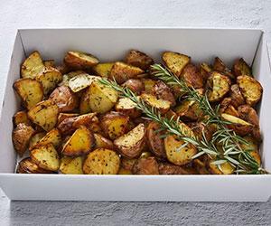 Roast potatoes with garlic and rosemary thumbnail