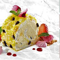 Passionfruit pavlova roulade thumbnail