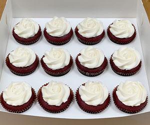 Red velvet cupcake box thumbnail