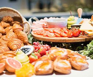 Breakfast grazing table thumbnail