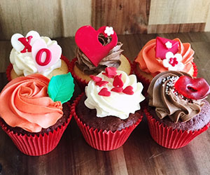 Valentines Day cupcakes thumbnail