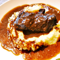 Slow cooked beef cheeks thumbnail